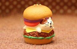 画像4: コロッケにゃんバーガー